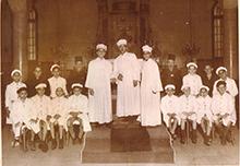 Az egyiptomi Rabbin Moshe Cohen Alexandria Zsidó kórusa a Menásé Sámuel zsinagógában, Alexandriában